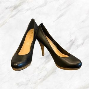 Aldo | Black Leather Heels with Wooden Heels